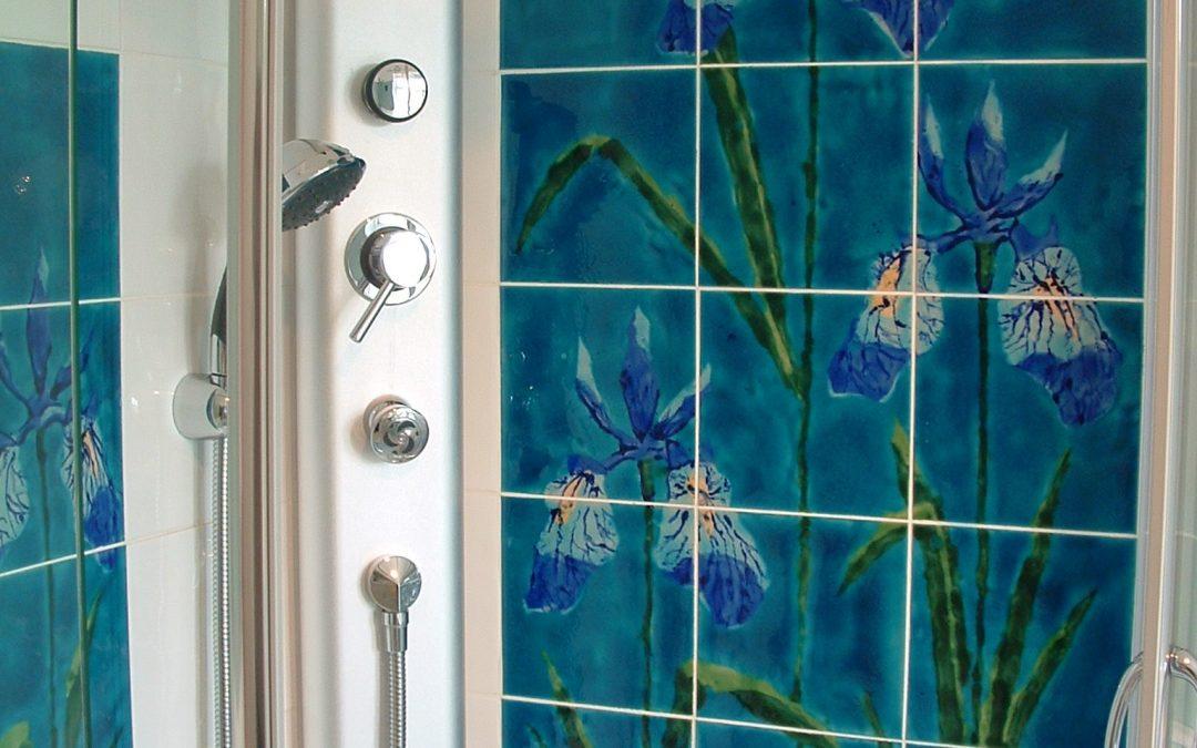 Beautiful Iris tile mural makes the perfect splashback …